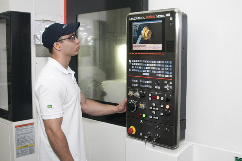CNC with operator in Brazil
